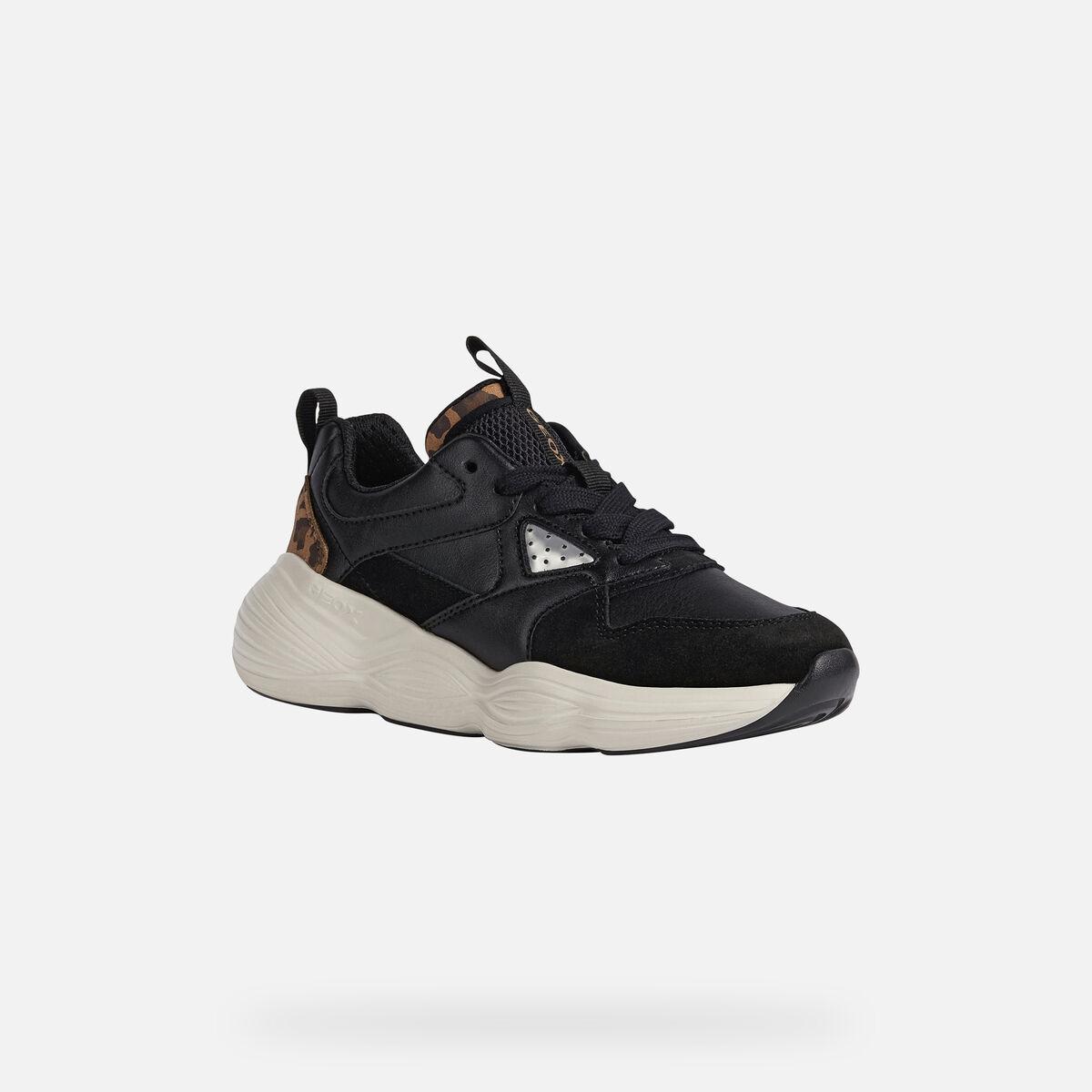 Κορίτσι Sneaker μαύρο Geox J04CΝΒ 05422 C9ΒΤ6