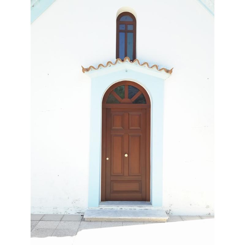 Εκκλησιαστική πόρτα