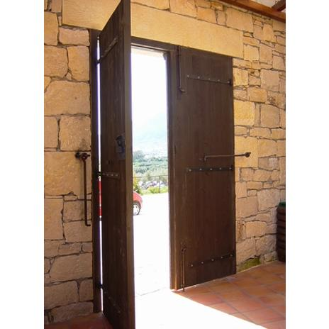 ΚΩΔ 402-2.Su  Παραδοσιακή πόρτα εισόδου