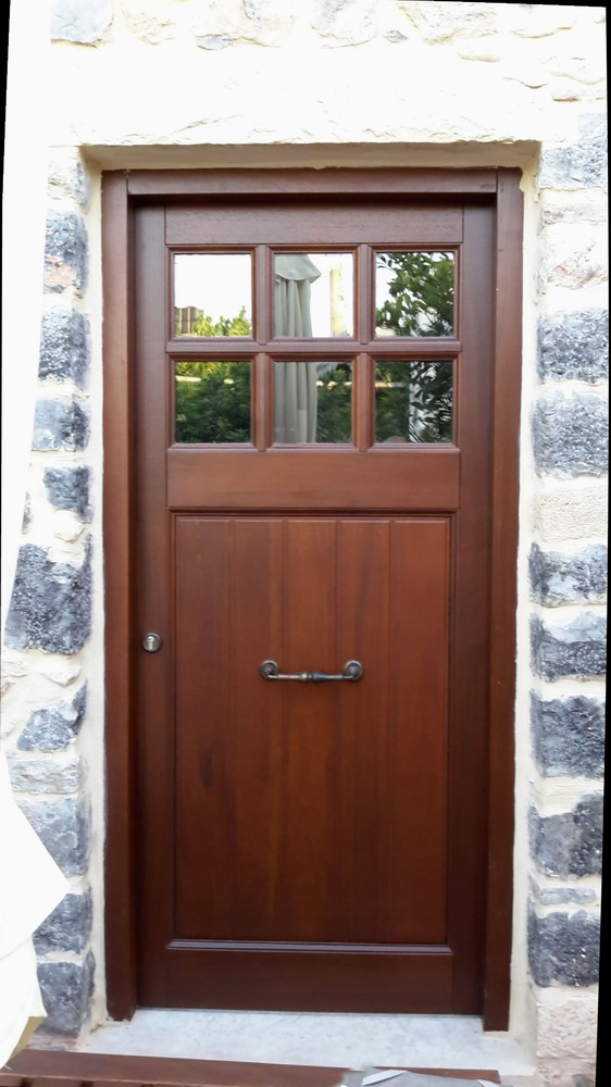 Traditional  entrance door K308