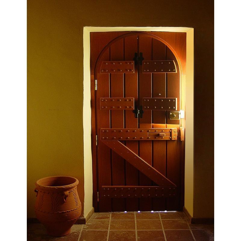 Παραδοσιακή πόρτα εισόδου Κ401_r1