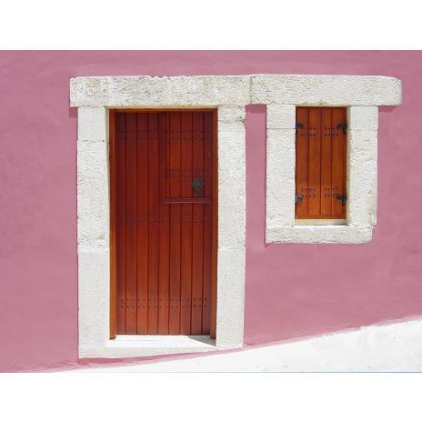Παραδοσιακή πόρτα εισόδου