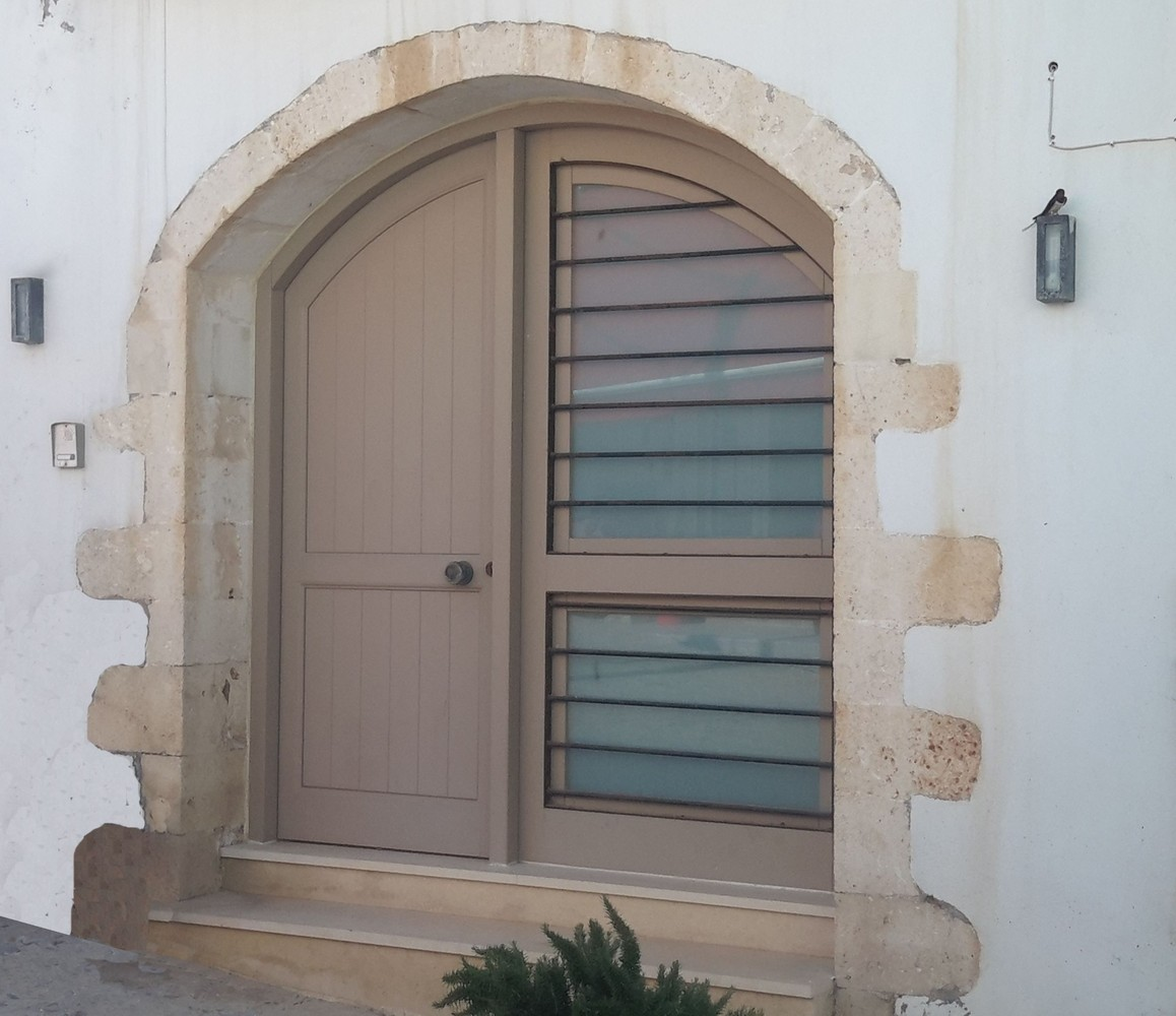 Παραδοσιακή πόρτα εισόδου Κ406_r1_dks
