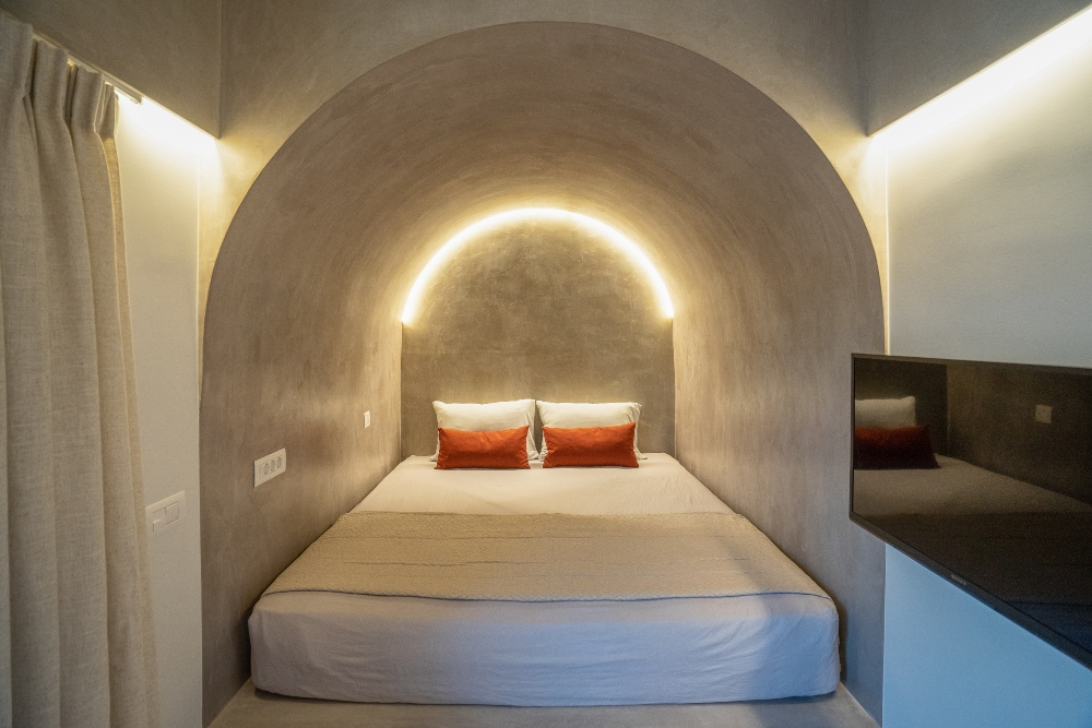 HOTEL -2