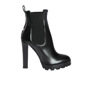 DSQUARED2 heeled ankle boots in black ABW0117 01501155 M436