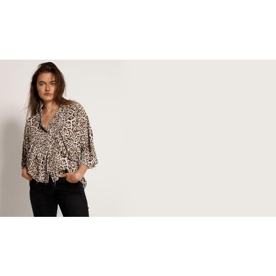 Oneteaspoon stone leopard montego bay shirt 23390-4
