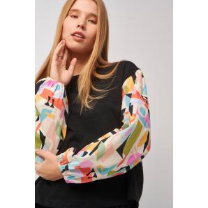 BLACK & BLACK blouse S21B3039