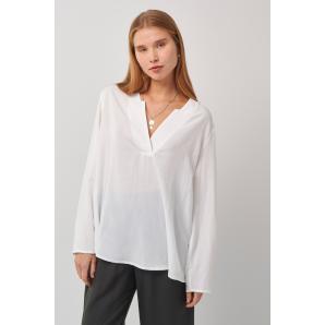 BLACK & BLACK blouse S21B3047