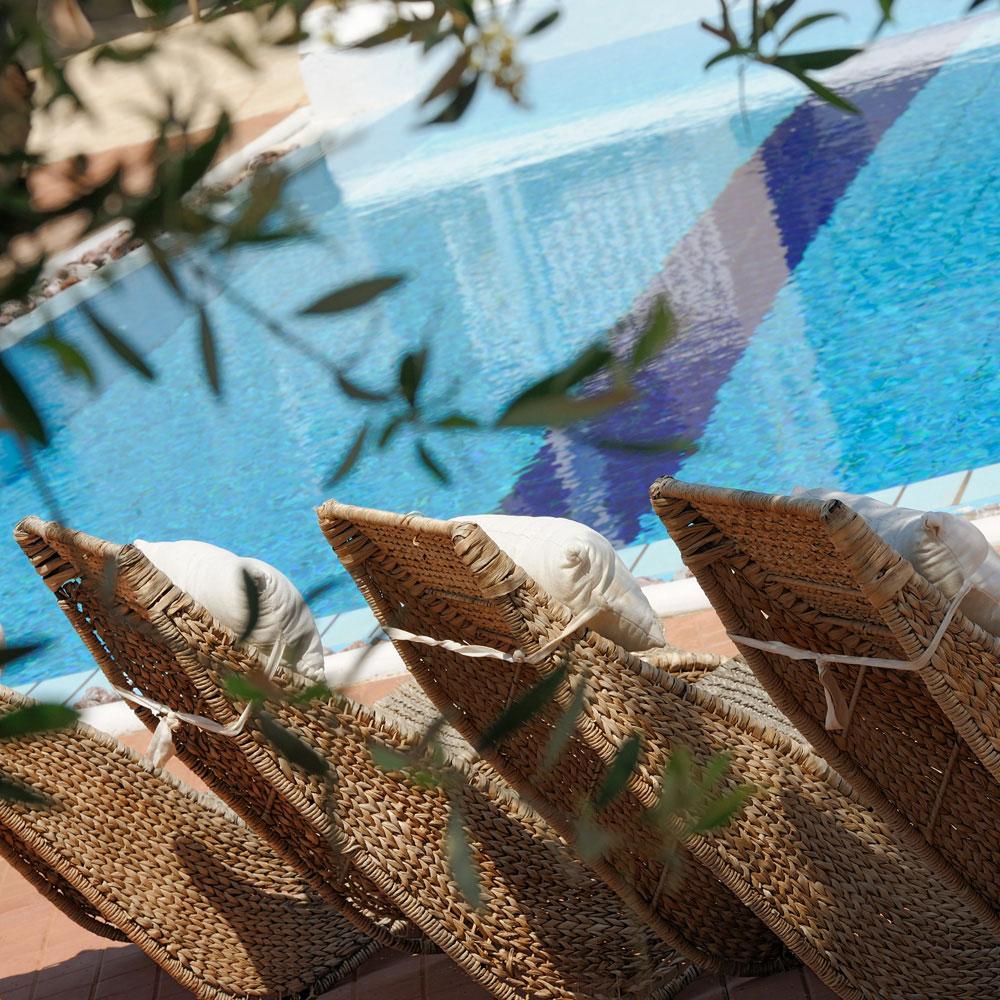 Pool Lounge-2