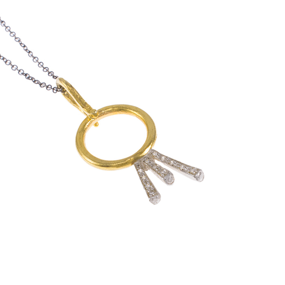 """Μενταγιόν  """"RAYS""""  σε κίτρινο  χρυσό 14ΚΤ με ζιργκόν σε λευκόχρυσες βάσεις"""