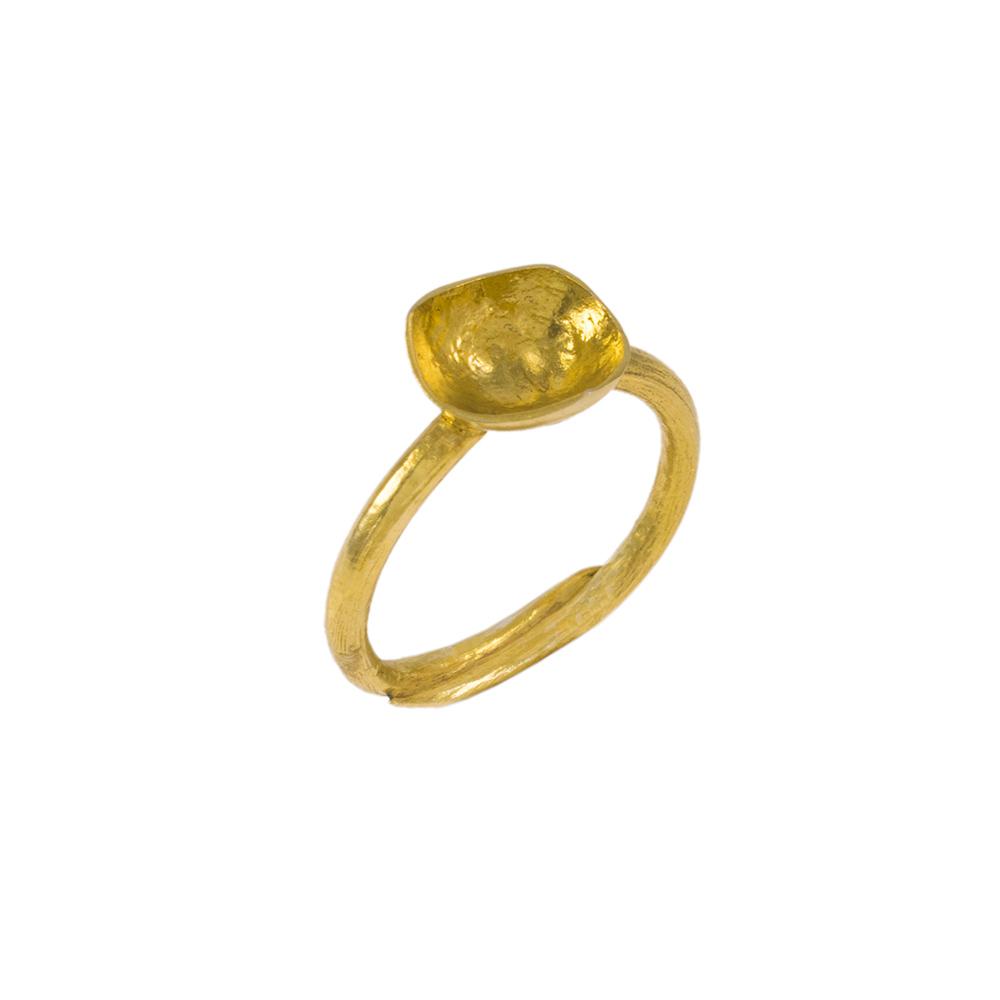 """Δακτυλίδι """"CAVE""""  σε κίτρινο χρυσό 18ΚΤ."""