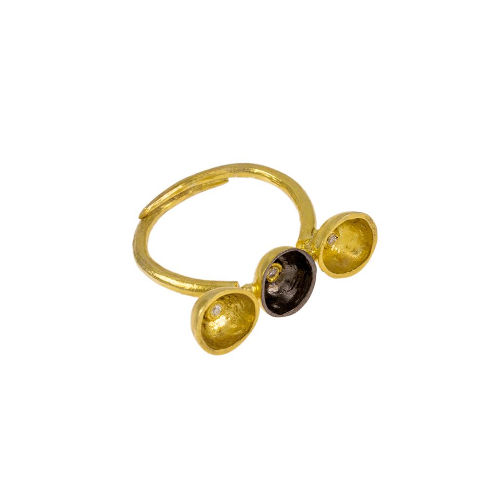 Δακτυλίδι σε κίτρινο και  επιροδιωμένη επιφάνεια 14ΚΤ με ζιργκόν.