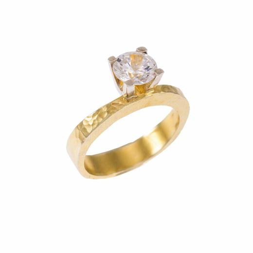 Δακτυλίδι μονόπετρο με σφυρήλατη επιφάνεια σε κίτρινο και λευκό χρυσό 14ΚΤ με ζιργκόν.