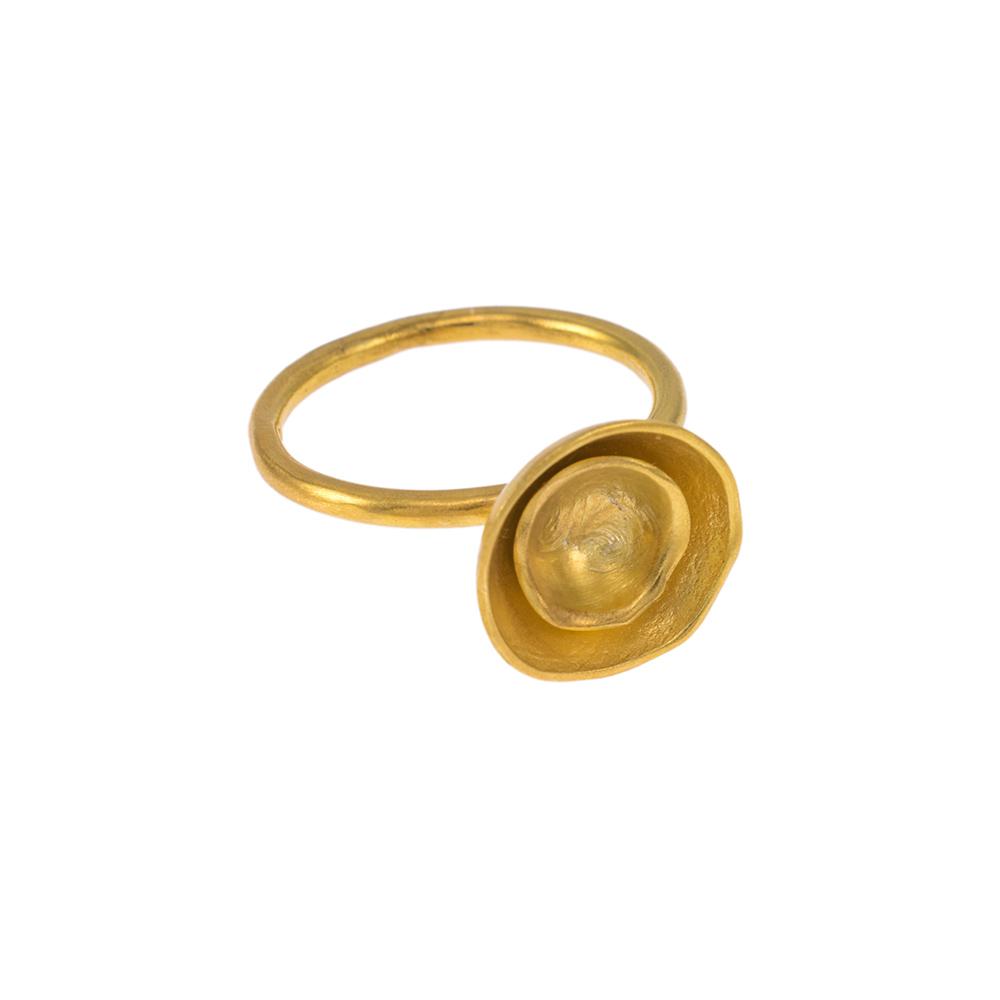 """Δαχτυλίδι """"CAVES"""" σε ασήμι επιχρυσωμένο."""