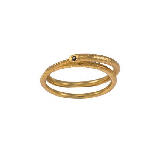 """Δακτυλίδι """" DOUBLE RING"""" σε κίτρινο ματ  χρυσό 14ΚΤ με μαύρο ζιργκόν.   DA005450"""