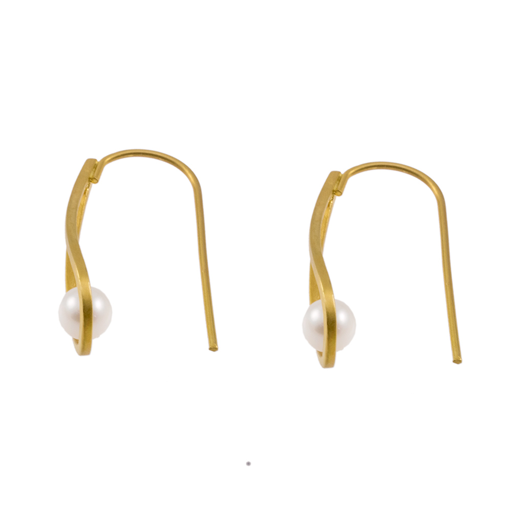 Σκουλαρίκια σε κίτρινο χρυσό 14ΚΤ με μαργαριτάρια.